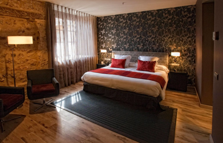 Habitación de hotel equipado con Pikolin Contract